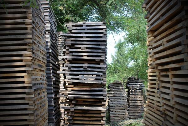 1-sezonowanie-drewna